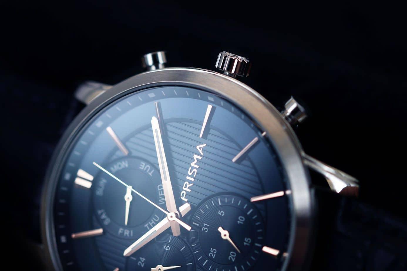 blauw prisma P.1589 horloge traveller refined blue watches nederlands horlogemerk dutch watch brand