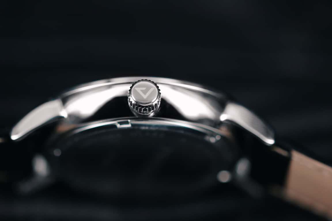 prisma voyage kroon p.1600 zilver dagaanduiding 24-uursaanduiding